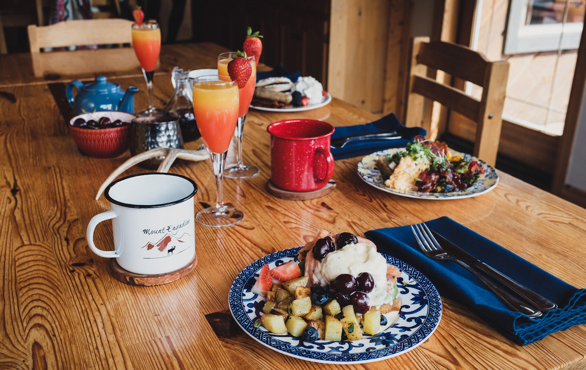 Brunch Mount Engadine Canmore3