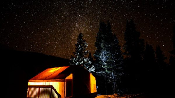 MountEngadineLodge_stargazing